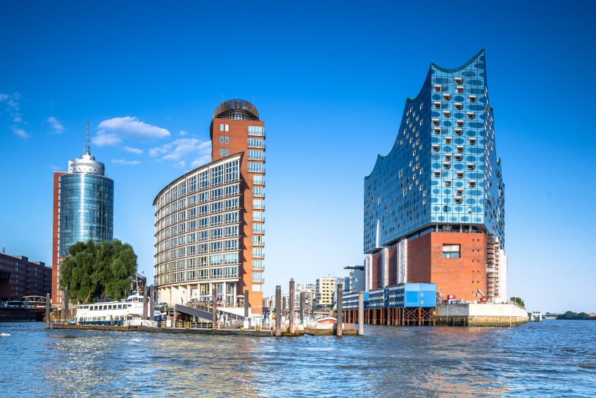I LOVE HAMBURG: Front view of the new Elbphilharmonie  - Hamburg - Germany - Taken with Canon 5D mk3 / EF24-70 f/2.8 L II USM